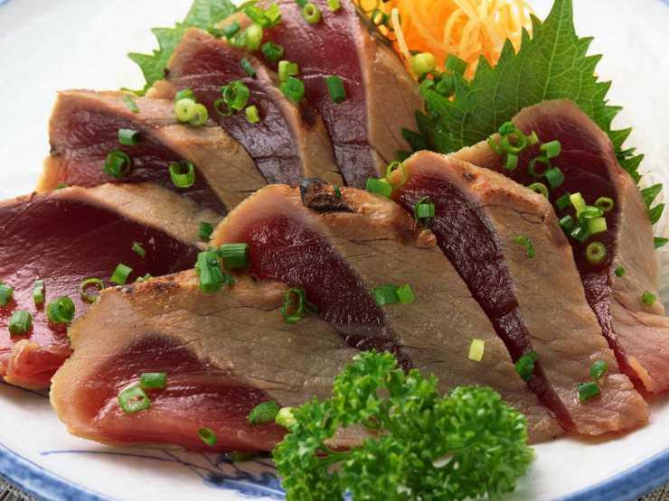 Едят ли мясо акулы люди